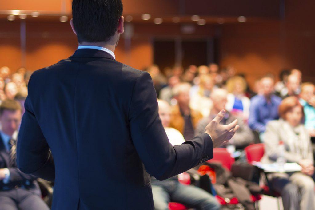 Oratoria para la carrera de Derecho